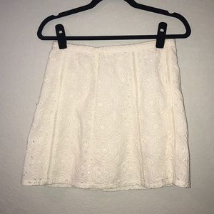 Nwot hollister White lace skirt size 3